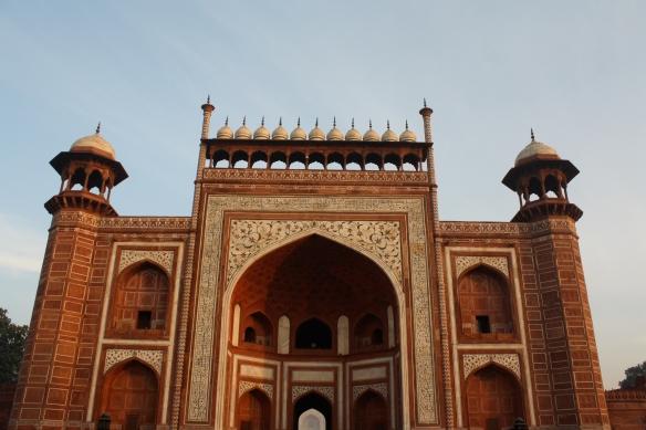 front entrance to the Taj Mahal